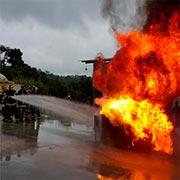 Treinamento de incêndio em helipontos