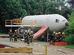 Curso de combate a incêndio para tripulantes